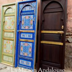 Porte bois peint bleu azur et vert