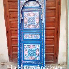 Porte bois peint bleu azur