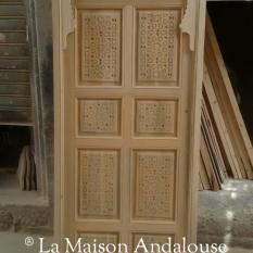 Porte Marocaine sculptée 1 vantail poussant ref pm3