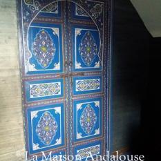 Porte bois peint bleu