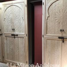 Porte de placard marocaine sculptée