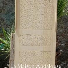 Panneau sculpté en cèdre