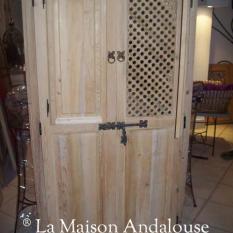 Porte Moucharabieh avec 1 volet ouvert