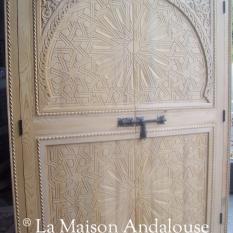 Porte de placard bois sculpté
