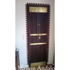 Porte Mauresque sculptée et teintée